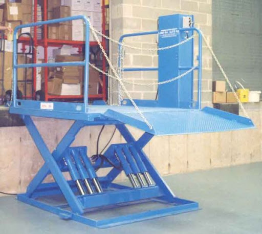 Dock Leveler & Lifts