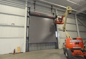 installing commercial door