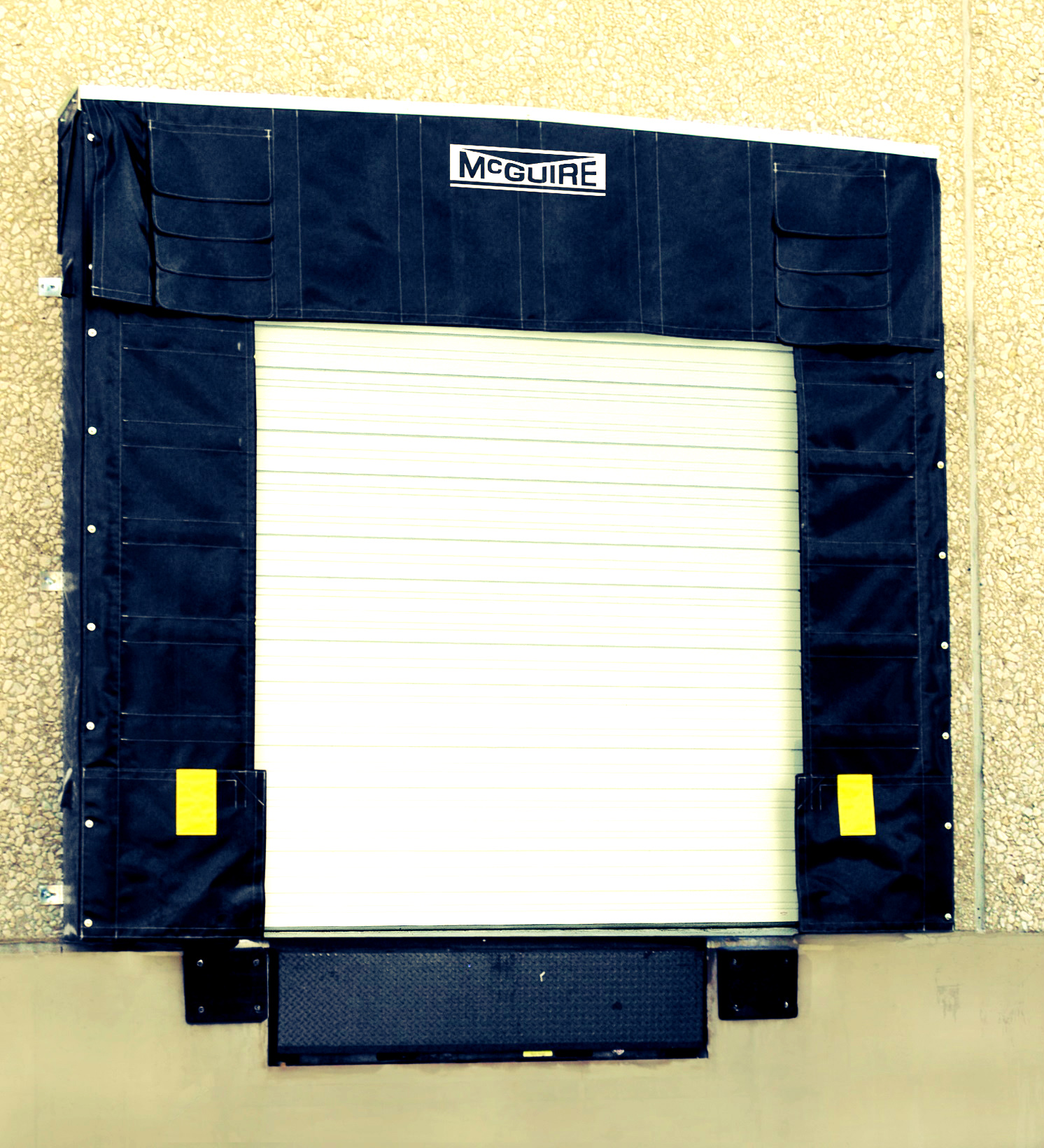 Dock Shelter McGuire TC900