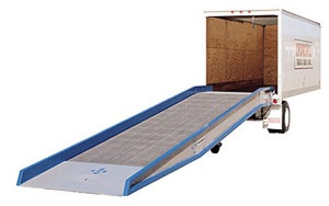 Ground to Truck Mobile Yard Ramps