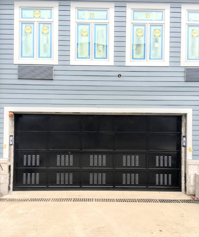 Louver-Commercial-Parking-Garage-Door.jpg