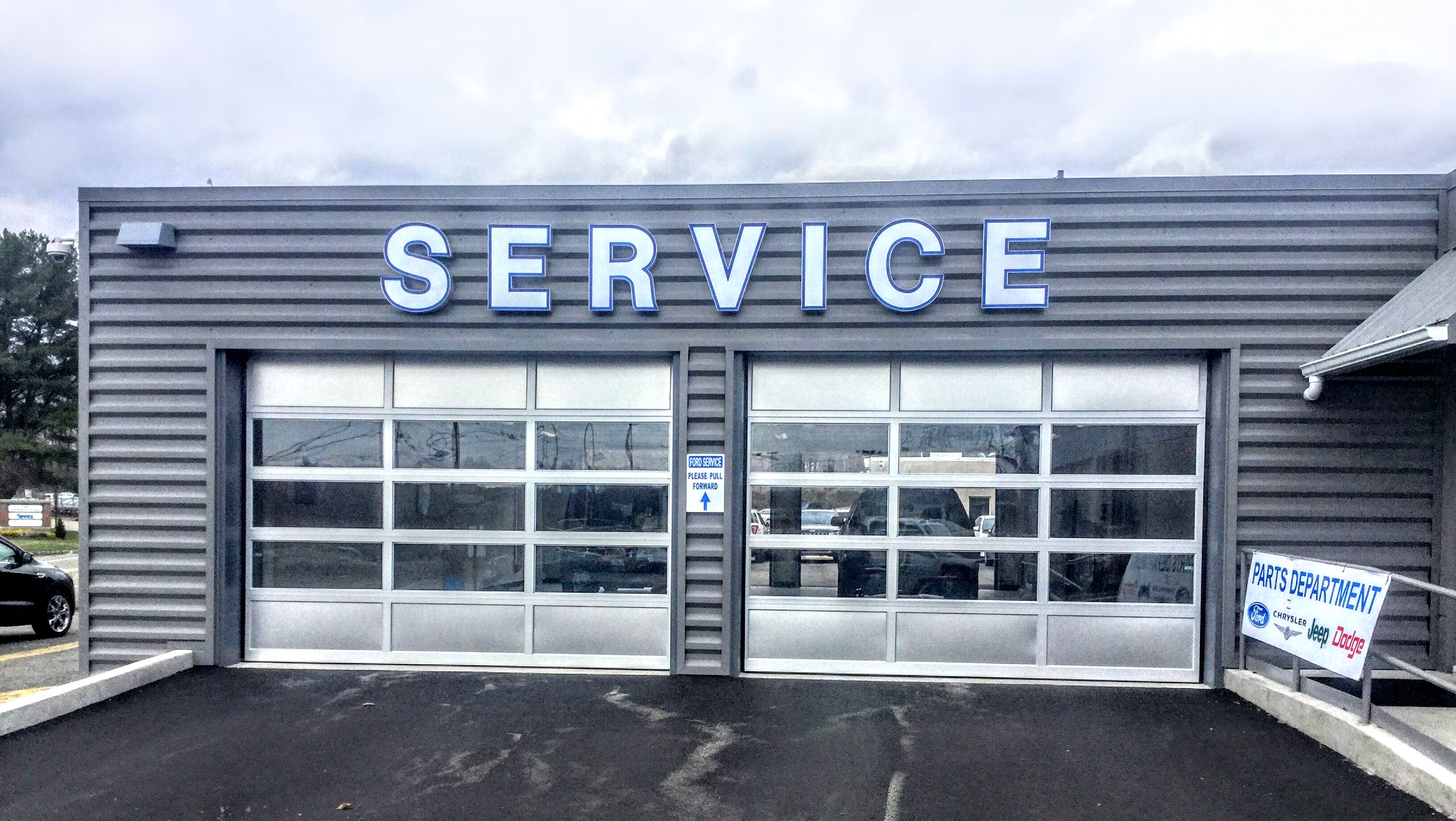 car-dealership-commercial-garage-door-repair-company-new-jersey-new-york.jpg