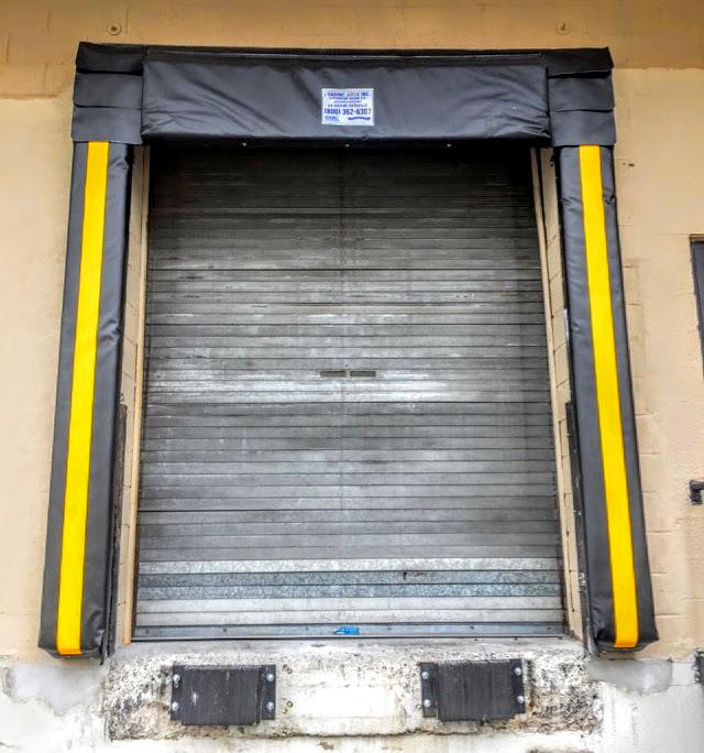 loading-door-dock-seal-installation.jpg