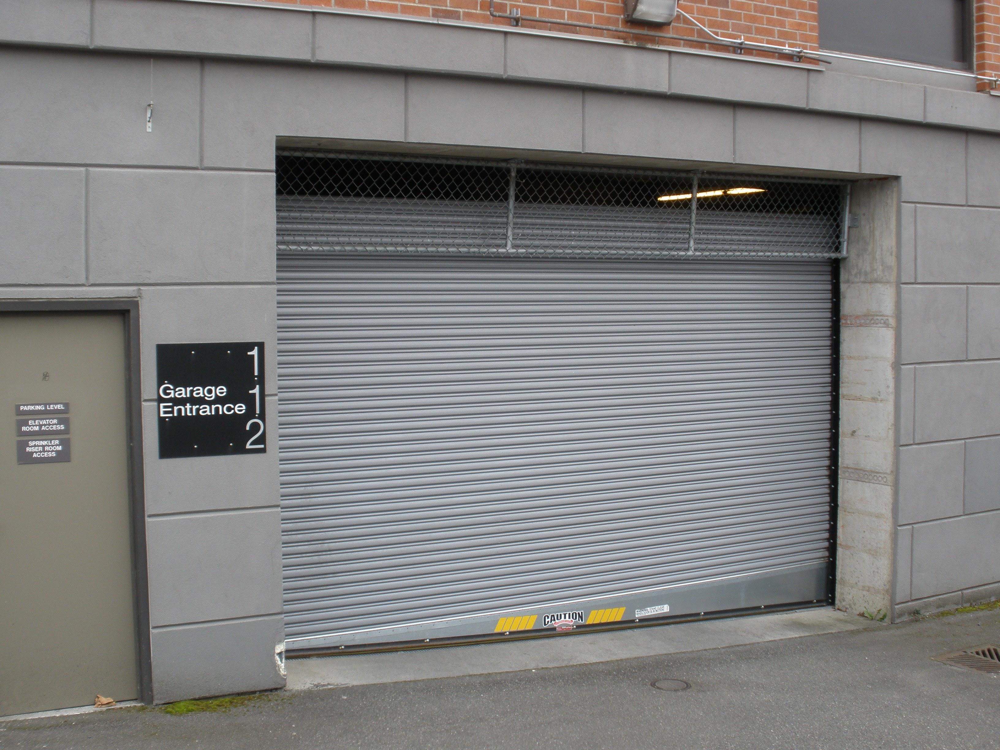 roll_down_door_slanted_floor.jpg & Rolling Door for Slanted Floors